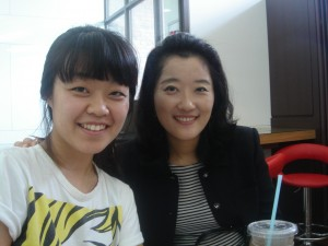 Seong jee and professor Lee