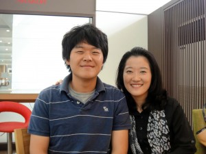 Jinon and Professor Lee